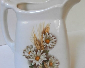 Large Daisy Water Pitcher