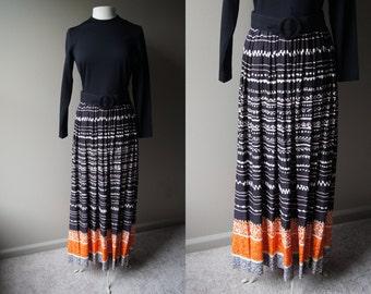 Vintage 70's MAXI Dress Boho Dress Long Sleeve Dress 70's Dress Orange Black Dress Hippy Dress Hippie Dress Broom Skirt