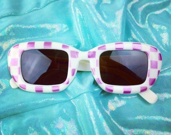 60's Pink Checker Print Sunglasses