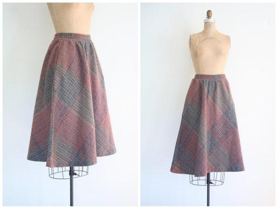 bias plaid skirt - vintage 1970s / Geek Chic - school girl / plum & charcoal gray