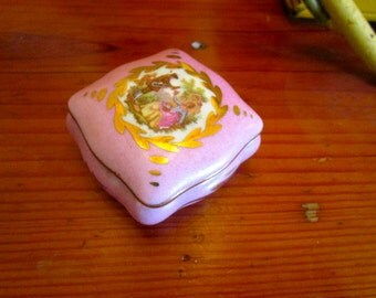 Charming 1940's Double Signed LIMOGES Hand Painted w/22k Gold Paint & A Lovely Soft Pink/Dusty Rose - Vintage PORCELAIN Trinket Box