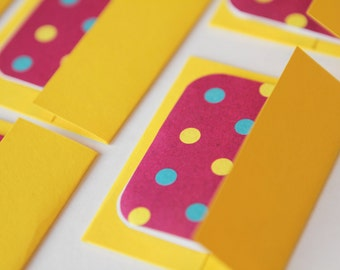 NEW Mini Cards n Envelopes - Set of 8 - Sunshine Bright Yellow with Fuschia Pink and Blue, Yellow and Green Dots