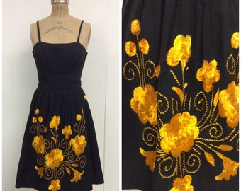 1950s Embroidered Sundress 50s Floral Dress