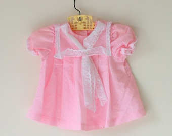 1960s PINK LACE Baby Dress....size 3 6 months....birthday. girls. designer vintage. lace. wedding. dainty. peasant. classic. ruffled. dreamy