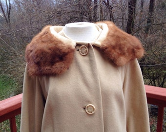 Camel winter coat with fur collar. Mad men coat. Mid century coat. Dressy or formal long coat.