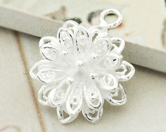 1 of  925 Sterling Silver Filigree Flower Pendant 15mm. :th2230