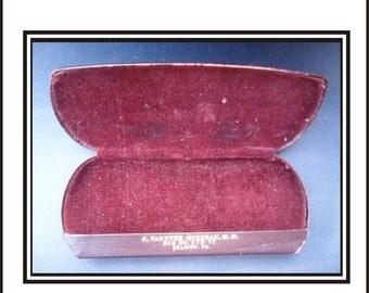 Vintage Eyeglass Case Red