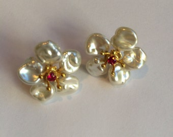 New- Clip on Petal pearl  (keshi pearl) earrings, ruby center or citrine  or peridot in 18K gold over sterling silver