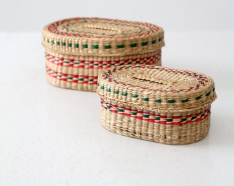 FREE SHIP vintage small woven basket set
