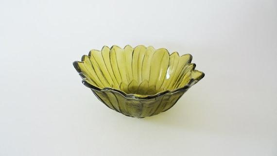 Vintage Sunflower Olive Green Bowl