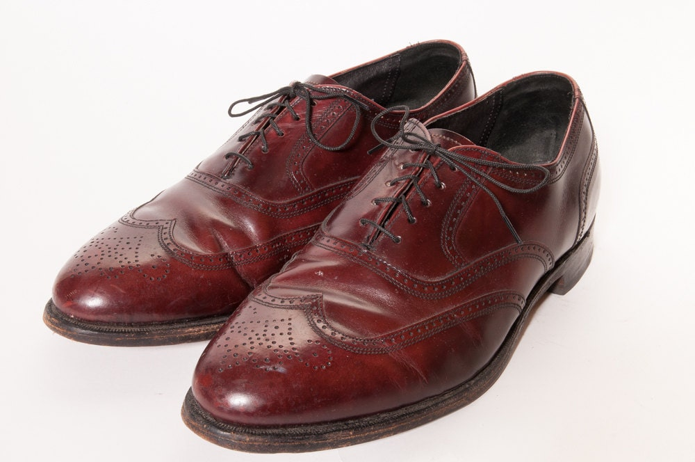 wingtip dress shoes size 10 5 eee by metropolisnycvintage