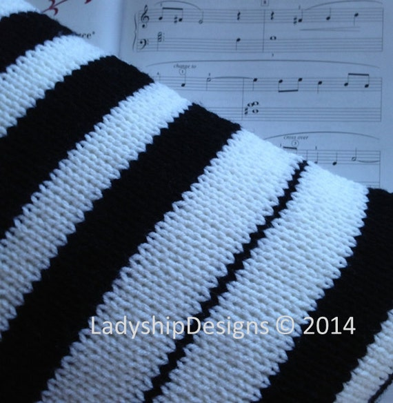 Knitting Pattern Piano Keyboard : Piano Pillow, PDF KNITTING PATTERN, 12