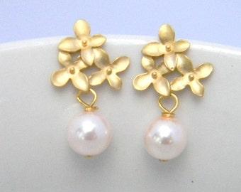 Bridesmaid Earrings, Dangle Earrings, Pearl Earrings, Wedding Earrings, Junior Bridesmaid Earrings, Flower Girl Jewelry, Post Earrings