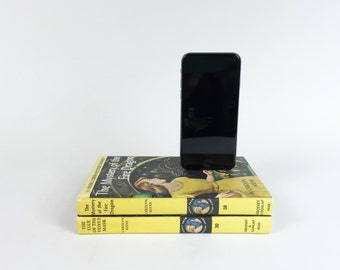Nancy Drew Booksi - Vintage Double booksi for iPhone - Mystery of the Fire Dragon