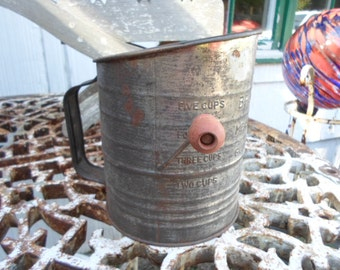 Vintage Bromwell's 5 Cup Sifter With Red Wood Handle Metal Kitchen Rusty Utensil Decor Baking Farmhouse Country Home