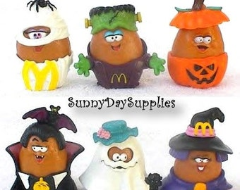 Vintage McDonald's Happy Meal Toys, ALL Halloween McNugget Buddies, Chicken Mcnuggets, circa 1988, 6 in Lot, Food Toys
