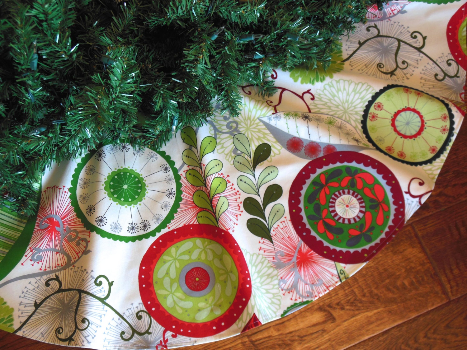 Modern christmas tree skirt contemporary red and