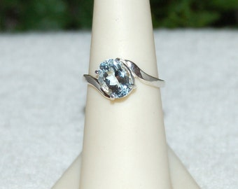 Aquamarine Ring, Size 6.5, Clear Baby Blue, Faceted Oval,  Aquamarine Gemstone, Sterling Silver, March Birthstone, Natural Aquamarine