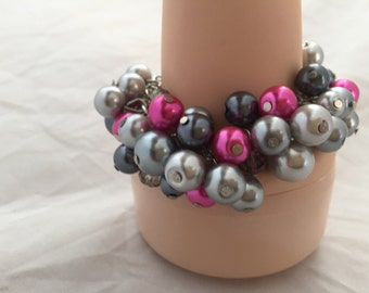 Chunky bracelet in grays and hot pink fuscia - bridesmaid jewelry - wedding jewelry