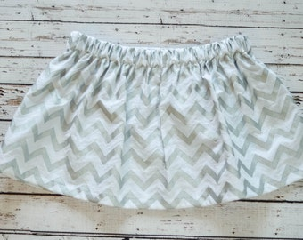 3T Toddler Girls' White and Silver Chevron Circle Skirt