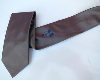 Vintage 1950s 1960s Mod Skinny Neck Tie - Taupe with Atomic Light Dk Blue Stars