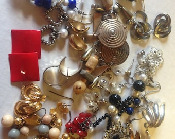 Earrings Pierced Vintage De-stash lot 200