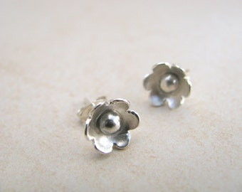 Silver flower earrings, silver studs, flower stud earrings silver, handmade earrings silver sterling