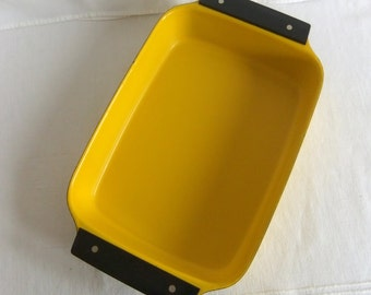 Vintage Yellow Enamel CathrineHolm Lasagne Lasagna or Roasting Pan - Tivoli Line, Kitchen, Cookware, Holland, Rectangle, Mid Century Modern