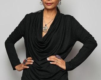 Black Tunic / Trendy Blouse Tunic / Black sweater : Urban Chic Collection No.23