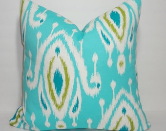 NEW OUTDOOR Pillow Turquoise Blue Green White Ikat Print Cushion Cover Porch Decorative Pillow 18x18