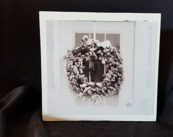 Shabby Chic antiqued photography Christmas wreath- wood block