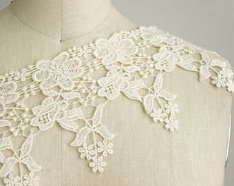Bianca Cream Victorian Rose Fringe Venice Lace Trim / Wedding Dress / Bridal Lace / Vintage Style Bride / Antique Cream Lace Trim
