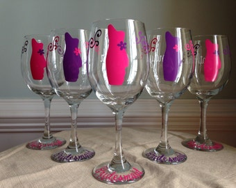 12 Personalized Bride and Bridesmaid Wine Glasses