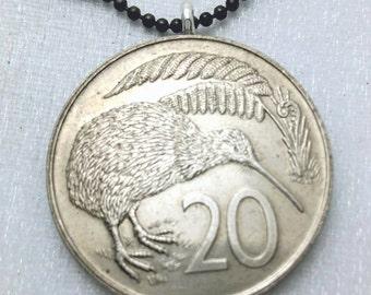 Kiwi necklace. Vintage 1977 1978 New Zealand KIWI BIRD coin necklace. flightless bird. bird necklace. bird jewelry. medallion. kiwi jewelry