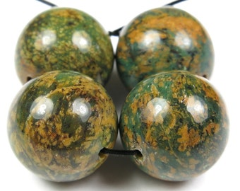 African Green Opal Round Bead - 14mm - 4 Pieces - B2241