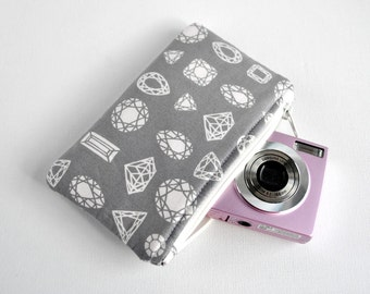 Woman's gem diamond protective gadget padded camera make up cosmetics pouch jewel diagram print in slate grey.