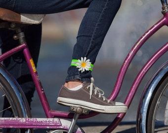 Reflective daisy leg band Petal Brite