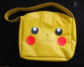 Large Yellow Vinyl Pikachu Purse Bag With Interior Nintendo DS 3DS Case