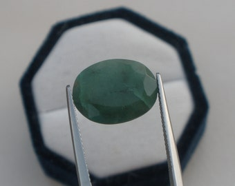 Emerald oval natural gem 15.5 x 12mm