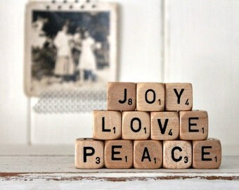 Vintage Letter Cubes JOY LOVE PEACE