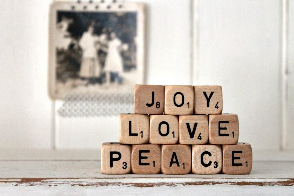 Vintage Letter Cubes JOY LOVE PEACE
