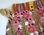 Beautiful Pleated Waist Apron with Pockets---Ready to Ship