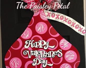 Valentines Day Door Hanger, Chocolate Kiss Decor