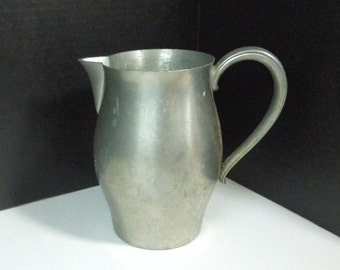 Vintage pewter water pitcher or flower vase - International Pewter - Rustic home decor - Farmhouse style