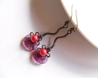 Wire earrings, bohemian jewelry, fuchsia pink, gift for women, beaded earrings, artistic jewelry, copper wire dangle earrings, Little cute