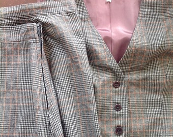 Wonderful 'Emily, Just Emily' 3 piece houndstooth wool suit!