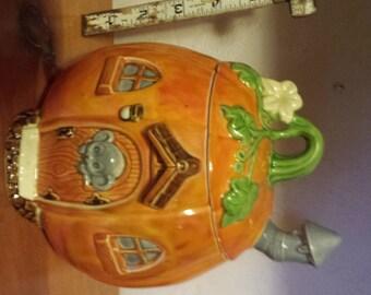 Halloween Pumpkin Jar, candy jar, Halloween Decoration, Halloween cookie jar, Mouse Pumpkin House, Ready to paint, Ceramic Bisque,u-paint