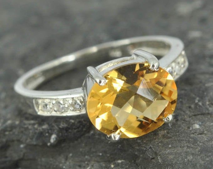 Citrine ring, sterling silver ring, gemstone ring, oval, yellow, november birthstone, one of a kind
