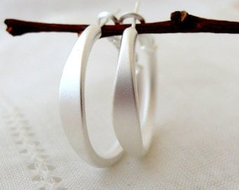Silver hoop earrings, Silver earrings, Hoop earrings, Small hoop earring, Gold or silver, modern hoop earring, gift for her, everyday hoops