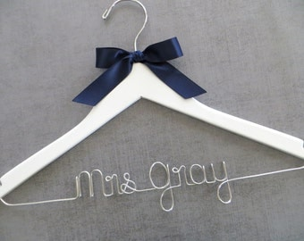White Bride Hanger, Personalized Hanger, Wedding Dress Hanger, Custom Wedding Hanger, Mrs Hanger, Engagement Gift, Bride Hanger, Wood Hanger
